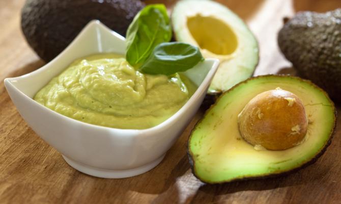 Pesto di avocado bontà verde