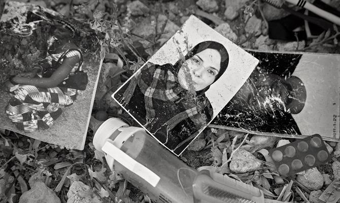 Orme sulla Spiaggia. Il reportage di Agnese Moreni su Lampedusa
