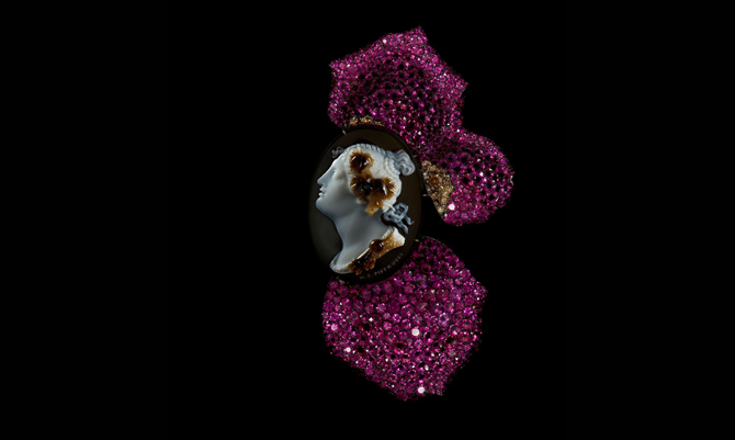 Al MOMA arriva JAR, l'artista delle gemme