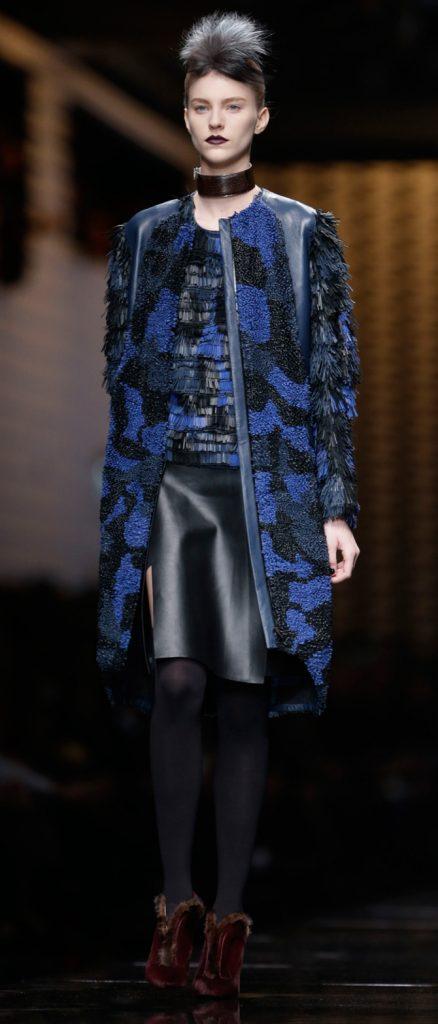 Cappotto e maglia Fendi