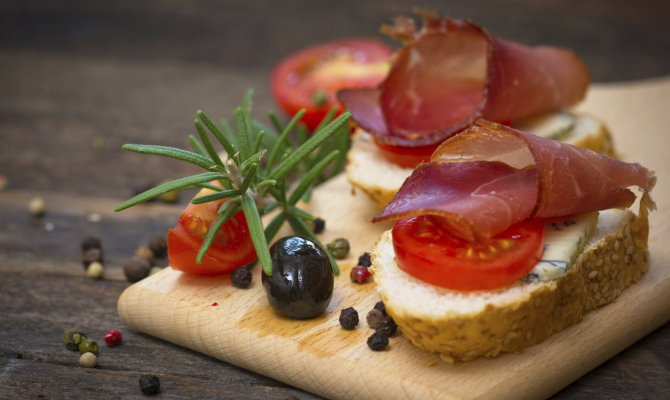 A ogni food lover la sua guida gastronomica 2014