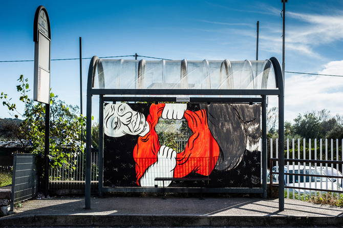 Inattesa - art at the bus stop by Diego Miedo