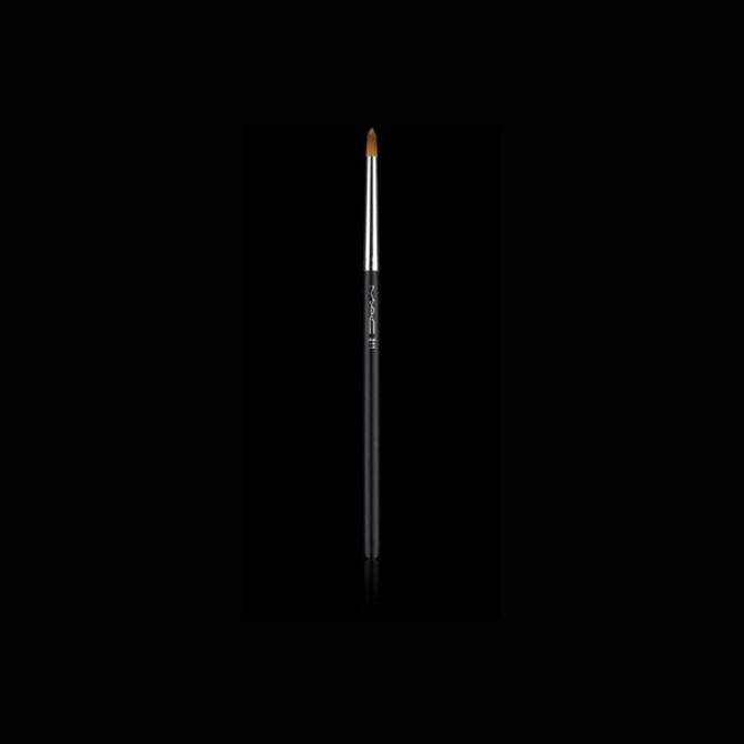 Pennello occhi MAC Cosmetics