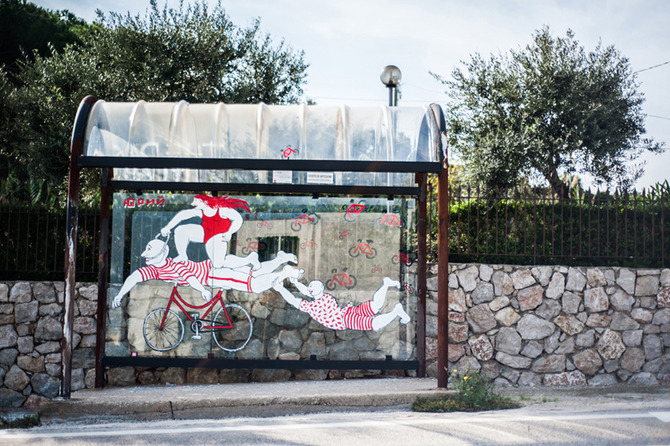 Inattesa - art at the bus stop by Hopnn