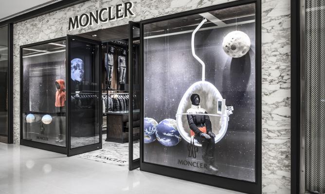 Moncler mette su casa a San Paolo