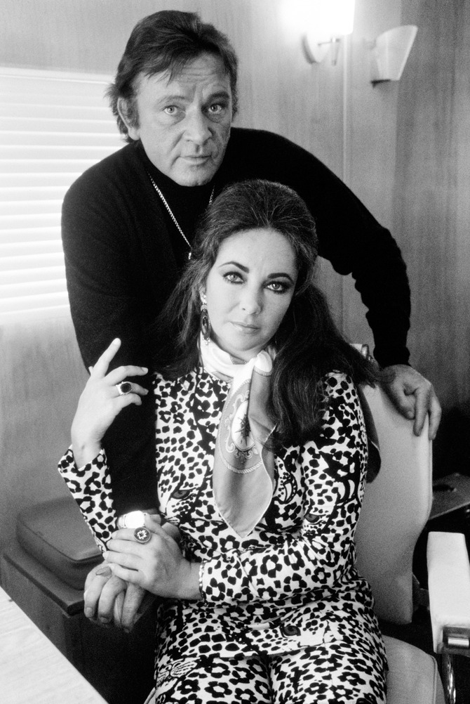 Elizabeth Taylor e Richard Burton by Terry O'Neill
