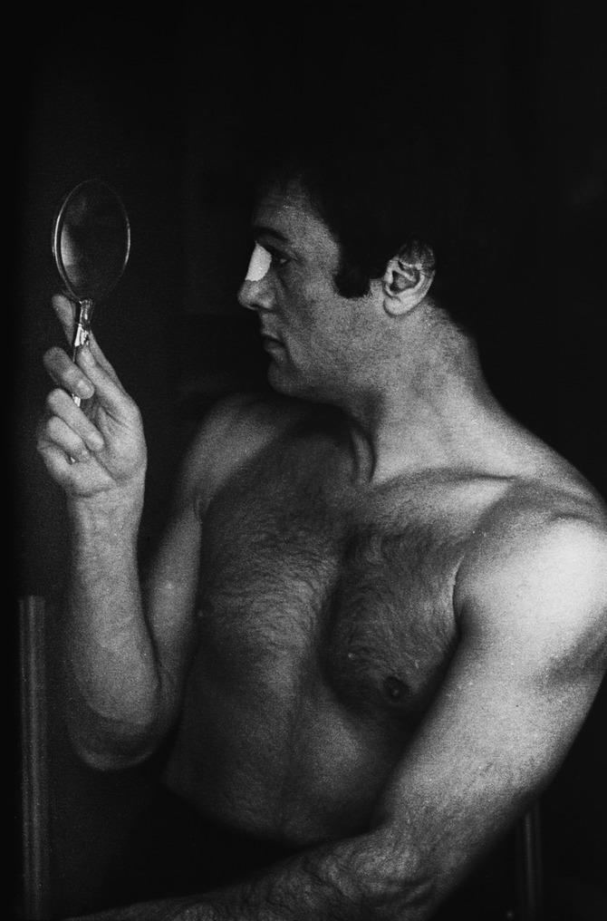 Tony Curtis by Terry O'Neill
