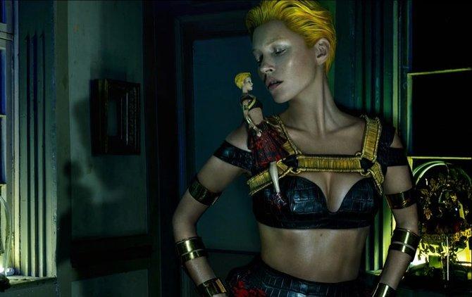 Kate Moss per Alexander McQueen