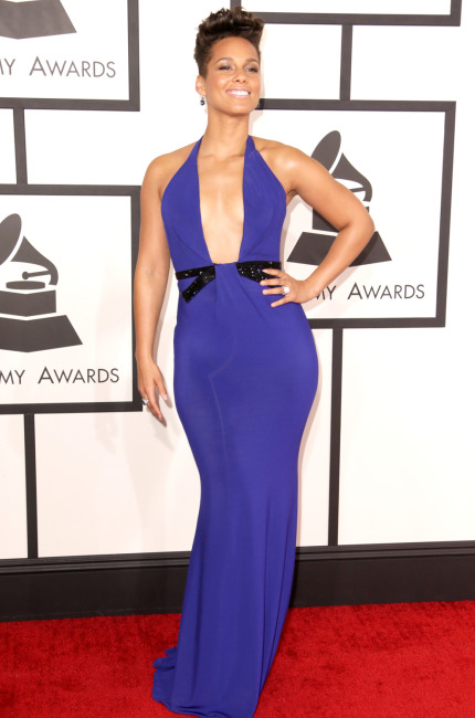 Alicia Keys mood violaceo in Armani