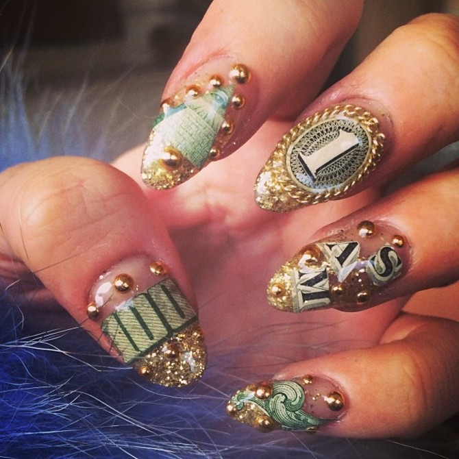 Nail art Lily Allen