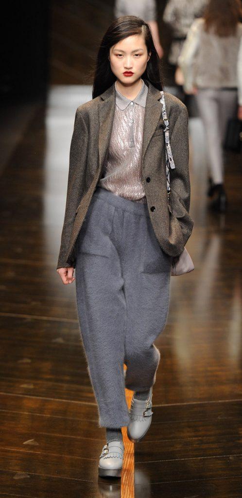 Giacca, maglia e pantaloni Trussardi