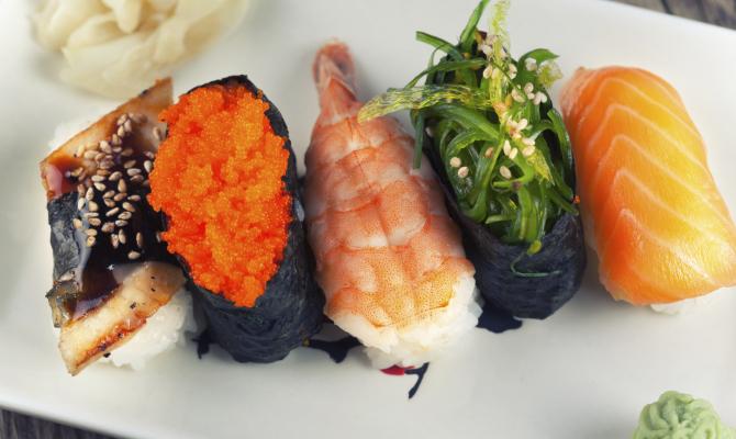 Tokyo, il sushi più piccolo del mondo è servito