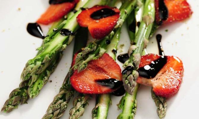 Fragole, asparagi e fagiolini, protagonisti della primavera