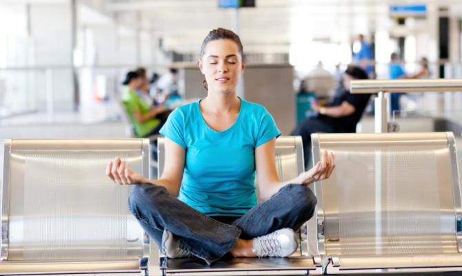 yoga, aeroporto