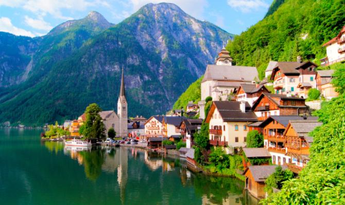 Hallstatt, il villaggio austriaco clonato dalla Cina