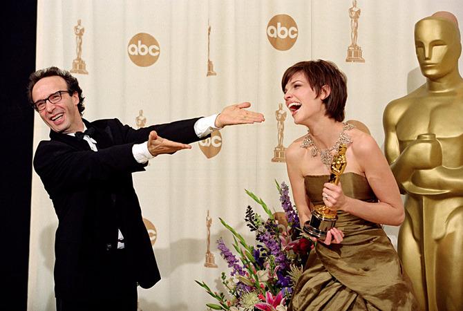Anne Hathaway e Roberto Benigni