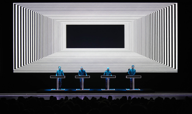 Kraftwerk 3D: l'art-rave arriva in Italia