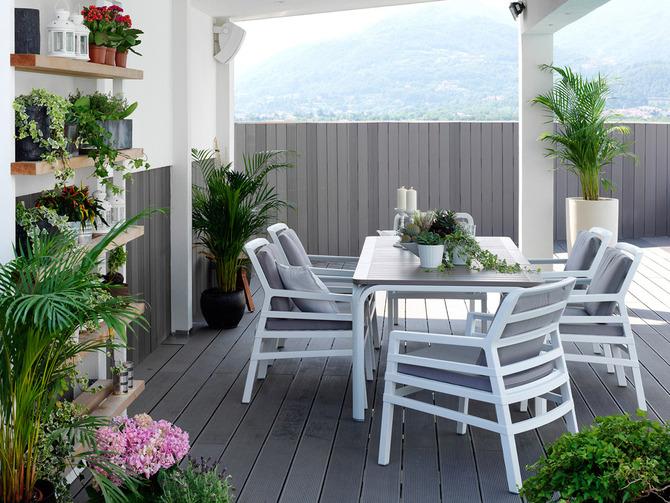 Sedie e tavoli da esterno Nardi