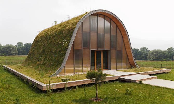 Maison Vague, la casa col guscio d'erba