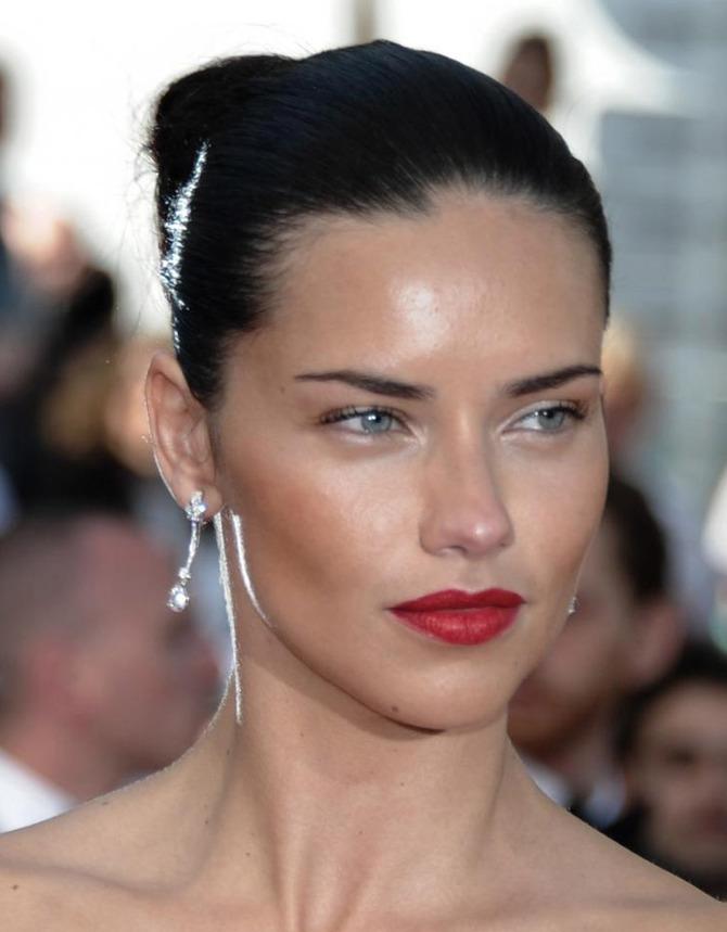 Adriana Lima a Cannes