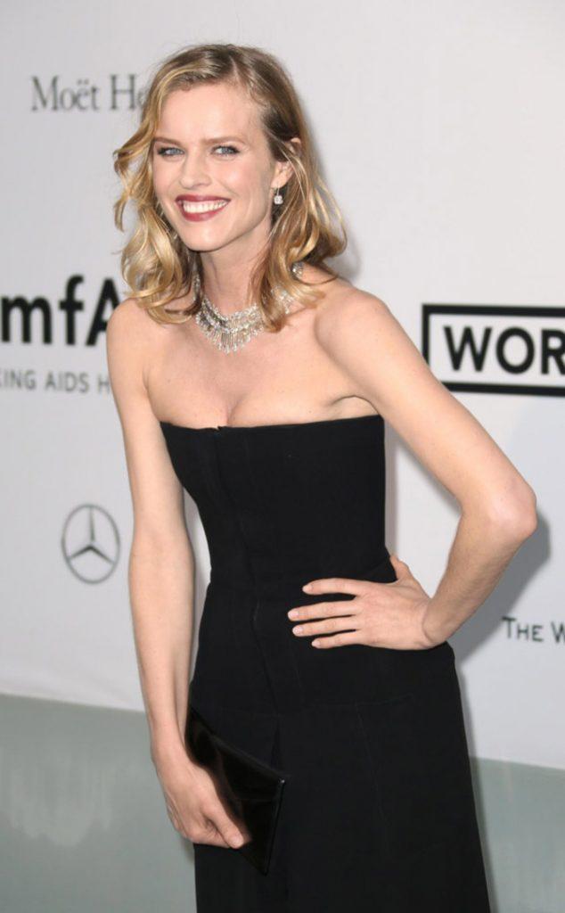 Eva Herzigova a Cannes