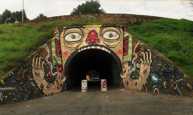 Street art capitolina fuori dai musei e su due ruote