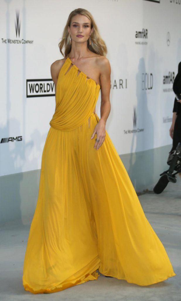 Rosie Huntington Whiteley a Cannes