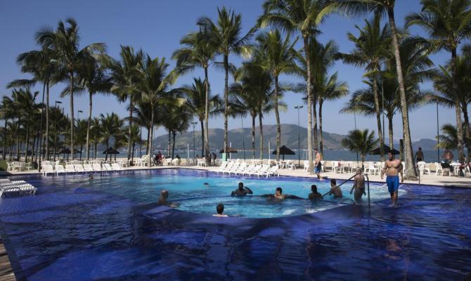 Cibo avariato nel resort che ospiterà gli azzurri in Brasile