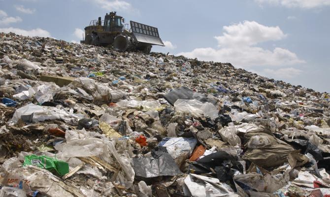 Trashed, il giro del mondo passa per i rifiuti