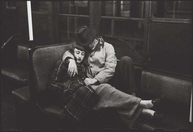 New York Subway – Young lovers, 1947