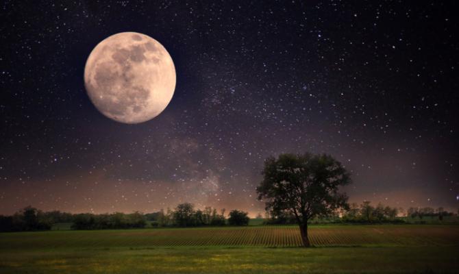 Era una notte di Luna piena…