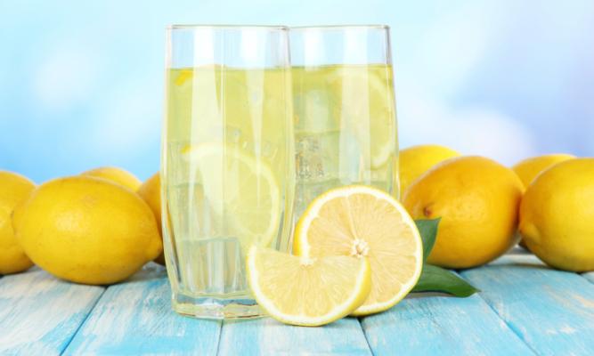 Succo di Limone: un sorprendente toccasana