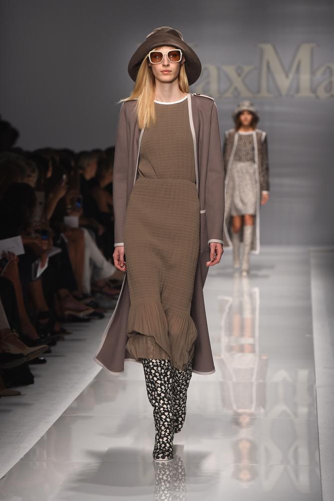 Impermeabile, abito e accessori Max Mara