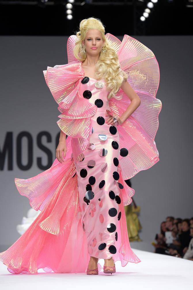 new product 5537c 7754e Le bambole di Jeremy Scott per Moschino - www.stile.it
