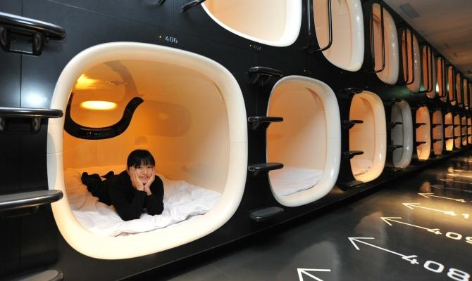 Tokyo, dormire in una capsula