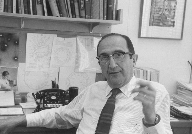 Salvatore Edoardo Luria