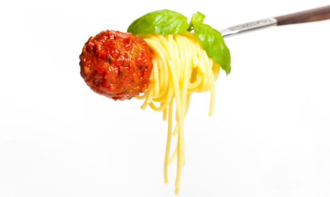 spaghetti, polpetta, forchetta