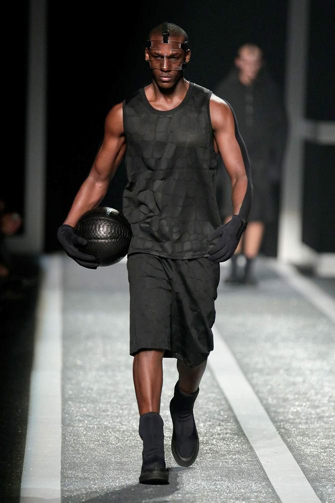 Canottiera e pantaloni Alexander Wang per H&M