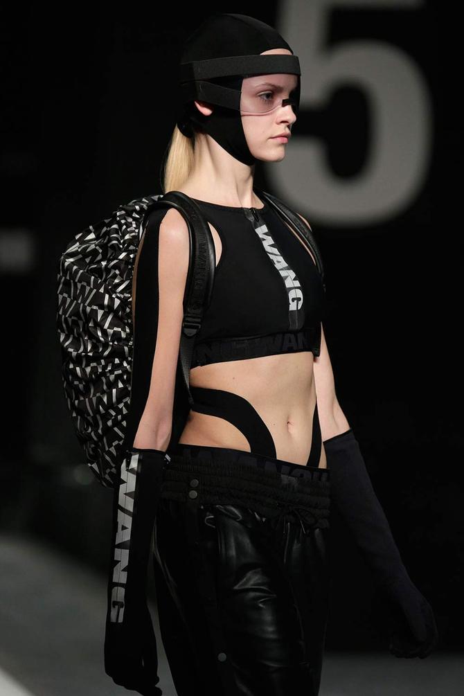 Top e pantaloni Alexander Wang per H&M