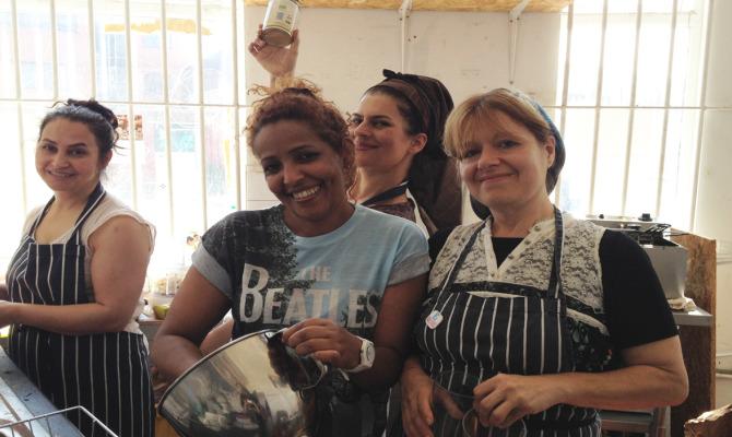 Mazi Mas, la cucina che favorisce l'integrazione