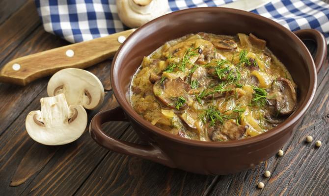 Spezzatino di soia ai funghi: la ricetta