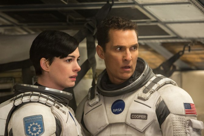 Con Anne Hathaway in  Interstellar