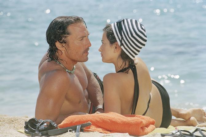 Con Penelope Cruz in  Sahara  (2005)