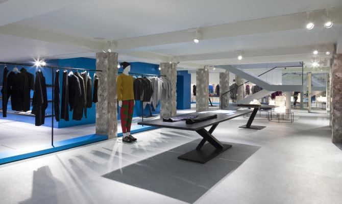 Interno boutique Issey Miyake