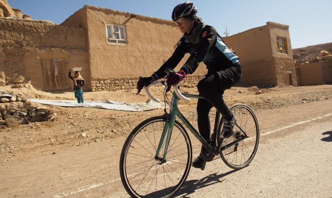 Shannon Galpin, la ciclista attivista per le donne