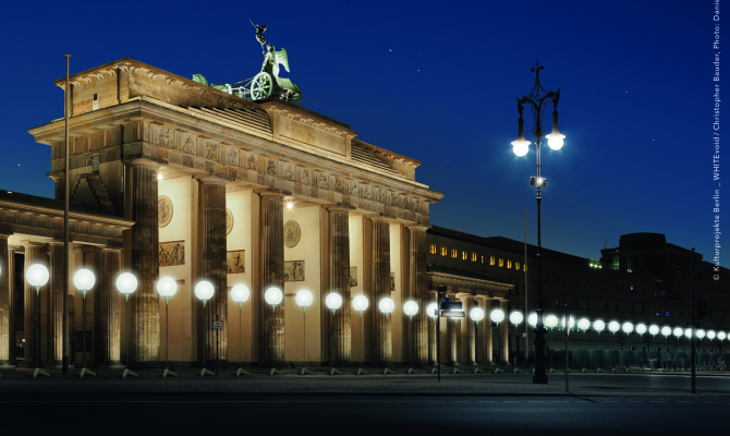 Il Muro di luce che unisce Berlino