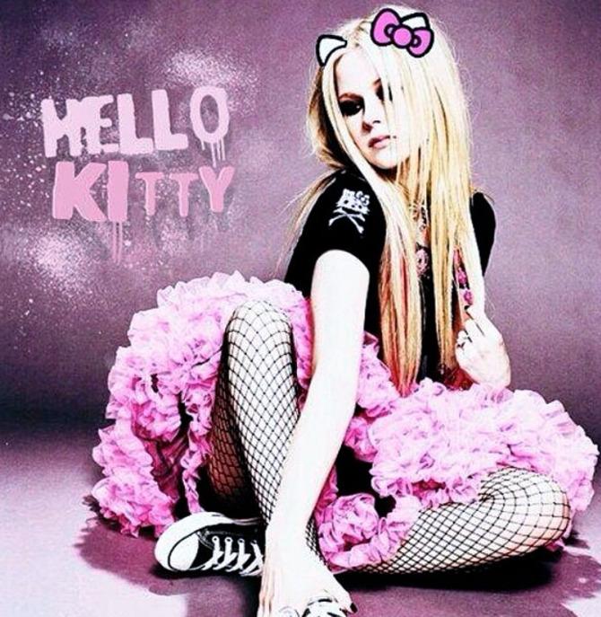 Avril Lavigne Hello Kitty