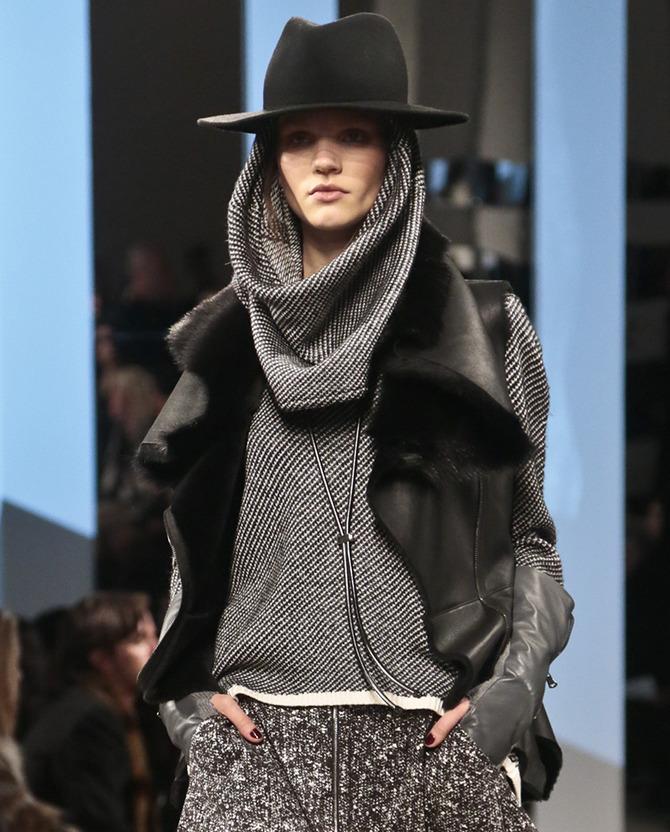 Cappello e sciarpa Kenneth Cole