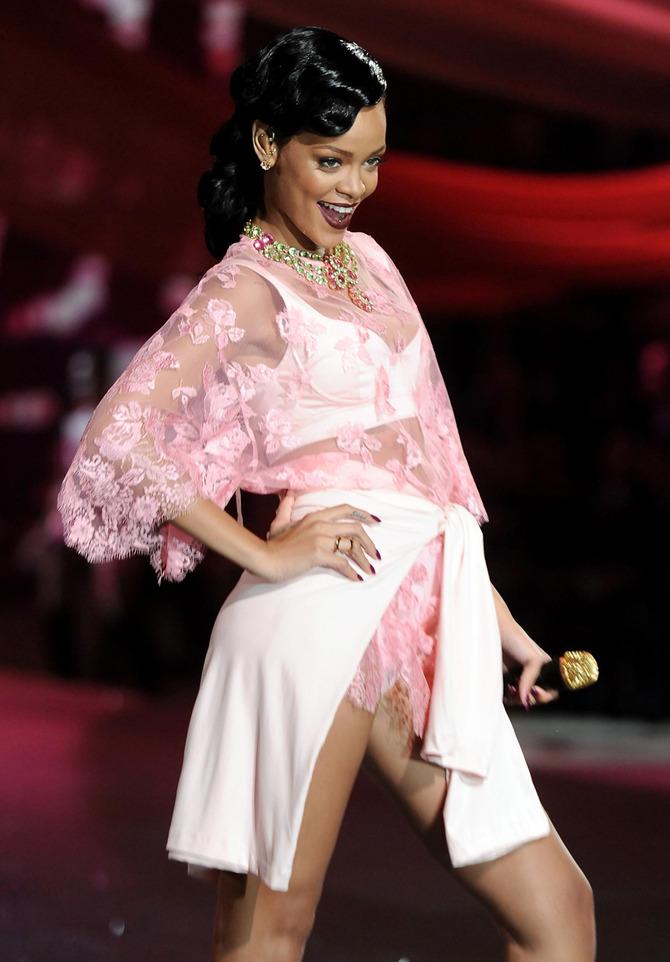 Rihanna per Victoria's Secret