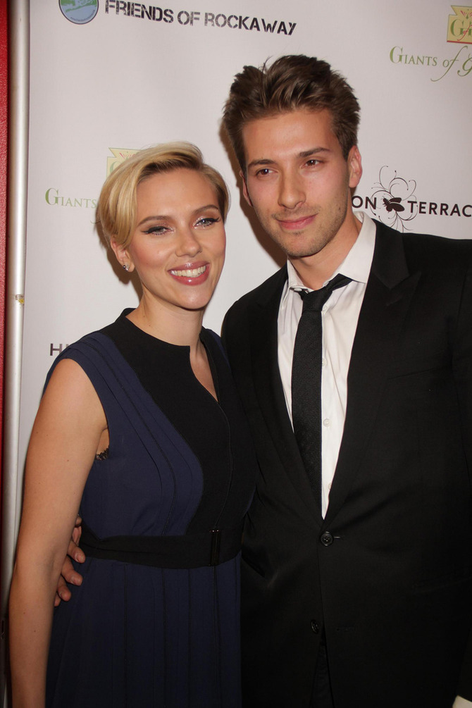 Scarlett Johansson e il gemello